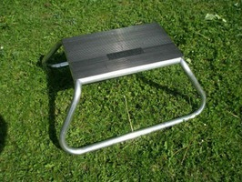 Milenco Aluminium Rubber Top Single Step