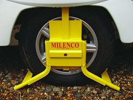 Milenco Caravan Wheel Clamp C14