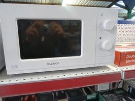 Daewoo 800W Manual Control Microwave Oven