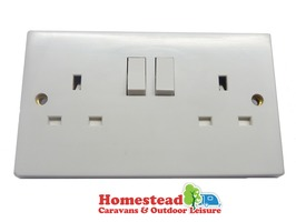 Double Gang Switched 13Amp Socket - White